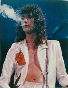 Original Jimmy Page of Led Zeppelin 1114 Concert Photo. Original Jimmy Page of Led Zeppelin 1114 Concert Photo. Jimmy Page, Led Zeppelin Poster, Led Zeppelin Concert, Led Zeppelin Art, Led Zeppelin Tattoo, Robert Plant Led Zeppelin, John Paul Jones, Rock And Roll, Iron Maiden
