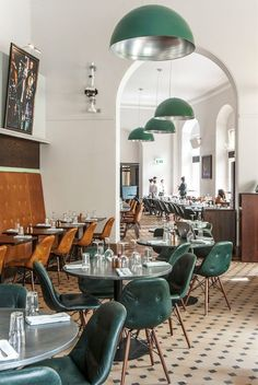 Verdi Italian Kitchen (London), Restaurant or bar in a heritage Building Keane Brands Restaurant Design, Restaurant Hotel, Design Hotel, Italian Restaurant Decor, Restaurant Chairs, Restaurant Lighting, Interior Exterior, Home Interior, Interior Architecture