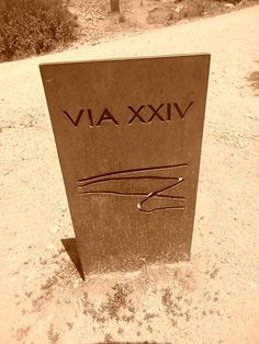 Mojón actual de la Via XXIV ó  Antonina