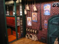 pinrail in the muppet theater