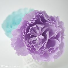 Crepe paper peony flower tutorial by Torie Jayne Paper Flowers Craft, Crepe Paper Flowers, Flower Crafts, Fabric Flowers, Paper Crafts, Diy Crafts, Warm And Cool Colors, Paper Peonies, Rico Design