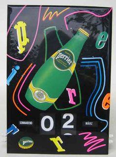 Perrier schöner Drehkalender aus den 70er Jahren, funktionsfähig, selten, ca 35 x 25 cm Verkauf: alte Werbung und Reklameobjekte Emailleschilder Blechschilder Emailschilder Werbeschilder