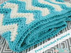 Free Chevron Infinity Scarf Crochet Pattern - Baby To Boomer Lifestyle