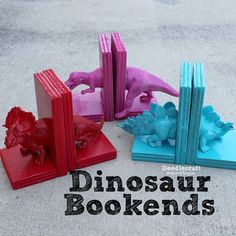 DIY Dinosaur Bookends Kids Crafts Free Tutorial. Home decor for your nursery.
