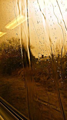 Rain on the train window going to Yeovil x
