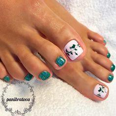 New vacation pedicure summer toe nail designs ideas Pedicure Colors, Pedicure Designs, Manicure E Pedicure, Toe Nail Designs, Pedicure Ideas, Pretty Toe Nails, Cute Toe Nails, My Nails, Toe Nail Color