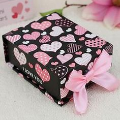 Wedding Decor, Favours and Gifts. Gorgeous Favour Box with Pink Ribbon and Lid.. for R20.00