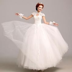 Beautiful Wedding Dress Pictures Perfect for the Future Mrs that will surely melt the heart of everyone especially the groom. Backless Lace Wedding Dress, Wedding Dress Types, Wedding Dress Pictures, Best Wedding Dresses, Cheap Wedding Dress, Gown Wedding, Cheap Dress, Puffy Dresses, Ball Gowns