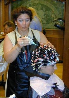We sometimes use our bigger stylist to perm unwilling sissy boi's. Just in case she needs to restrain him! Modern Hairstyles, Permed Hairstyles, Sleep In Hair Rollers, Getting A Perm, Perm Rods, Hair Setting, Air Dry Hair, Roller Set, Types Of Curls