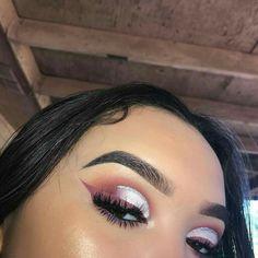 nude pink glitter cut crease eyeshadow