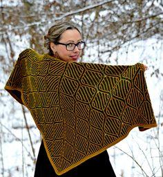 https://www.ravelry.com/patterns/library/diamonds-brioche-shawl