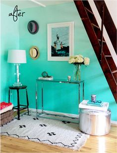 DIY Ombre Wall by PS I Made This - if I could learn how to do this, every wall in my house would be a version of ombre! so pretty! #ombre #teal #patterns