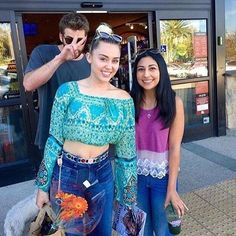 Miley Cyrus and Liam Hemsworth Liam Hemsworth And Miley, Miley And Liam, Happy Hippie Foundation, Miley Cyrus Style, Justin Bieber Pictures, Hannah Montana, Best Couple, Celebrity Couples, Movies