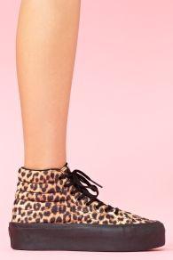 Sk8 Leopard Sneaker
