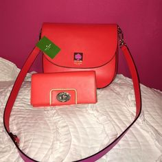 Kate spade matching wallet and purse Kate spade matching wallet and purse. Purse held closed with a magnet. Also available on Ⓜ️ for a lot cheaper:) willing to sell separate if interested! kate spade Bags Satchels