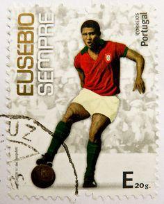 """great stamp Portugal """"E""""  (Eusébio da Silva Ferreira, 1942-2014, Portuguese…                                                                                                                                                                                 Mais"""