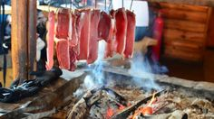 Drying and smoking meat are primitive methods of food preservation used by pioneers, early explorers and primitive tribes. Here are four ways to dry and smoke meat for long term food storage. The g…