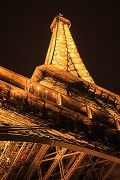 Paris; A Photographic Guide to Artistry and Architecture in the City