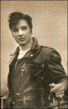 RARE: Elvis