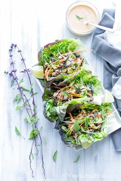 Thai Lentil Lettuce Wraps with Miso Sriracha Peanut Sauce 21 Sizzling Spicy Asian Recipes To Get Your Heat On! Veggie Hummus Wrap, Vegetarian Lettuce Wraps, Pork Lettuce Wraps, Chicken Wraps, Lettuce Cups, Wrap Recipes, Asian Recipes, Dinner Recipes, Dinner Ideas