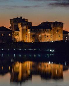 "Mantua, Italy   @m_a_f_f_oo: ""Mantua • • • #mantova #ig_italia #igworldclub #instagood #beautifuldestinations #living_europe…"""