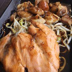 Black pepper chicken & salmon tepanyaki  #blackpepper #chicken #salmon #tepanyaki #japanese #cuisine #thekitchen #koufu #yummy #instafood #food #sgfood #foodporn