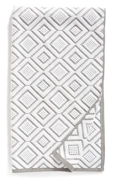 Free shipping and returns on Nordstrom at Home Diamond Bath Towel at Nordstrom.com. Textured diamond patterns make this absorbent Turkish cotton bath towel a refined addition to your bathroom décor.