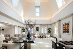 Lavish: The Penthouse Suite at The Mark is widely reported to be the most expensive per-night hotel room in the US, and it boasts a sprawling living area, as well as an outdoor terrace Tony Blair, Upper East Side, Madison Avenue, Jacuzzi, Interior Exterior, Interior Design, Baby Shower Host, Baby Showers, Suite Principal