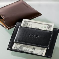 Here's a wallet for the man who puts his money where his business is. The Moneybiz Money Clip is an ultra-slim front pocket men's leather wallet that will hold business or credit cards along with cash.