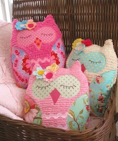 Sleeping Owl Pillows-- Soooo cute for a baby room!!