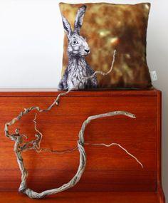 #hare #wild #abstractmeadow #brown #green #yellow // #hase #feldhase #osterhase #abstrakt #feld #braun #grün #gelb #kissen