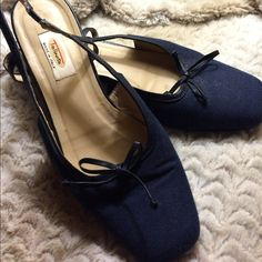 Navy sling back shoes Box toe navy sling backs with bow detail. Low heel. Gently used Talbots Shoes Heels