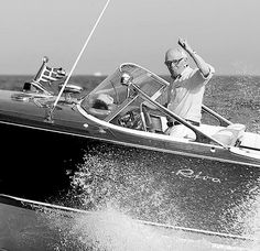 Ing.Carlo Riva, R.I.P. Speed Boats, Power Boats, Riva Boot, Chris Craft Wooden Boats, Boats And Birds, Riva Yachts, Vintage Boats, Cool Boats, Yacht Boat
