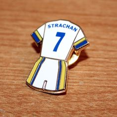 South Stand-STAND UP /& Sing For Leeds-Rhinos Rugby League pin badge