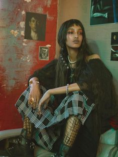 Mona Tougaard Offers Choice Words In i-D Magazine Lensed by Mario Sorrenti Vogue Korea, Vogue Spain, Vogue Russia, Pretty People, Beautiful People, Street Style Vintage, Character Inspiration, Style Inspiration, Photographie Portrait Inspiration