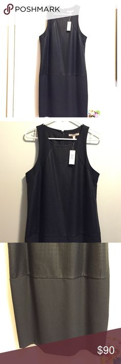 Gorgeous Black Dress Beautiful and comfortable, with great material. All black with double layer, has pretty squared detailing. Size 8, Banana Republic brand. Unfortunately doesn't fit me anymore and I never got around to wearing :/ so my loss your gain:) Fast Shipper ❌Sorry No Trades❌ Banana Republic Dresses Midi