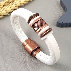 Kit bracelet regaliz blanc avec perles et fermoir zamak cuivré vieilli : Kits, tutoriels bijoux par bijoux-giuliana