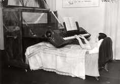 #VINTAGE #INVENTIONS: #PIANO IN #BED #ListenArabic #News #Entertainment #Music