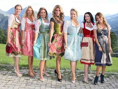 150731_Almrauschparty_2015_Guests_Uwe_0255 Almrauschparty Kitzbühel 2015 Cute Dress Outfits, Super Cute Dresses, Lovely Dresses, Retro Outfits, Sexy Dresses, Oktoberfest Outfit, Traditional German Clothing, Traditional Dresses, Drindl Dress