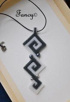 CRAW pendant