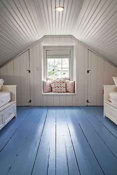 5 Clear Tricks: Attic Study Decor old attic painted floors.Finished Attic Before And After finished attic on a budget. Attic Loft, Loft Room, Attic Office, Garage Attic, Attic Playroom, Garage Bedroom, Attic Library, Clean Bedroom, Bedroom Loft