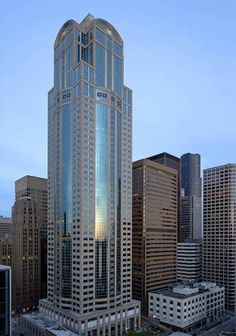 1201 Third Avenue building is Seattle's second tallest office tower Futuristic Art, Futuristic Architecture, Amazing Architecture, Architecture Design, Amazing Buildings, Modern Buildings, Building Structure, Building Design, High Rise Building