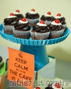 Teen Birthday Party - Portal 2 Theme | NothingButCountry.com Portal Cupcakes