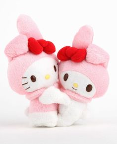 #HelloKitty and #MyMelody snuggles!
