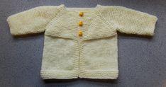 Baby Knitting Patterns Jacket Ravelry: Babbity Baby Jacket pattern by marianna mel Baby Boy Knitting Patterns Free, Baby Booties Knitting Pattern, Baby Sweater Patterns, Baby Hats Knitting, Crochet Patterns, Free Knitting, Cardigan Bebe, Knitted Baby Cardigan, Knit Baby Sweaters