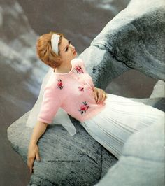 Such a lovely pink cardigan. #vintage #fashion #1960s