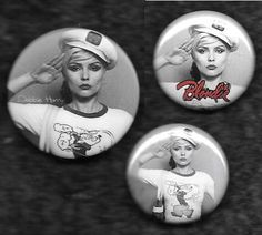 A few 25mm & 1 32mm variation of the Popeye salute pose..