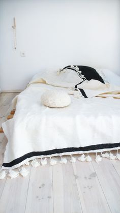 Moroccan POM POM Wool Blanket Ecru stripe Black
