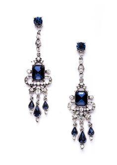 Grand Blue Chandelier Statement Earrings in Silver #fashion #blue #glam #chandelierearrings #earrings - 15,90 € @happinessboutique.com