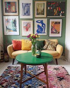 76 The Most Popular Green Living Room Wall Decorating Ideas 59 - homydezign Danish Interior Design, Danish Design, Living Room Green, Living Room Decor, Living Spaces, Interior Inspiration, Room Inspiration, Piece A Vivre, Eclectic Decor